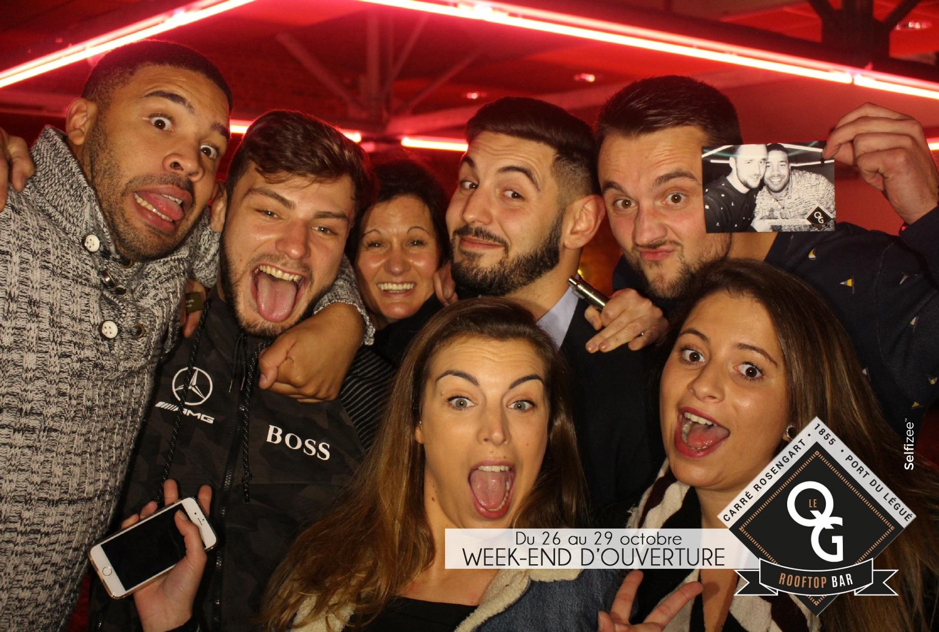 Selfie animation avec borne photo au QG Rooftop Bar du Légué à Saint Brieuc pour leur inauguration en 2017