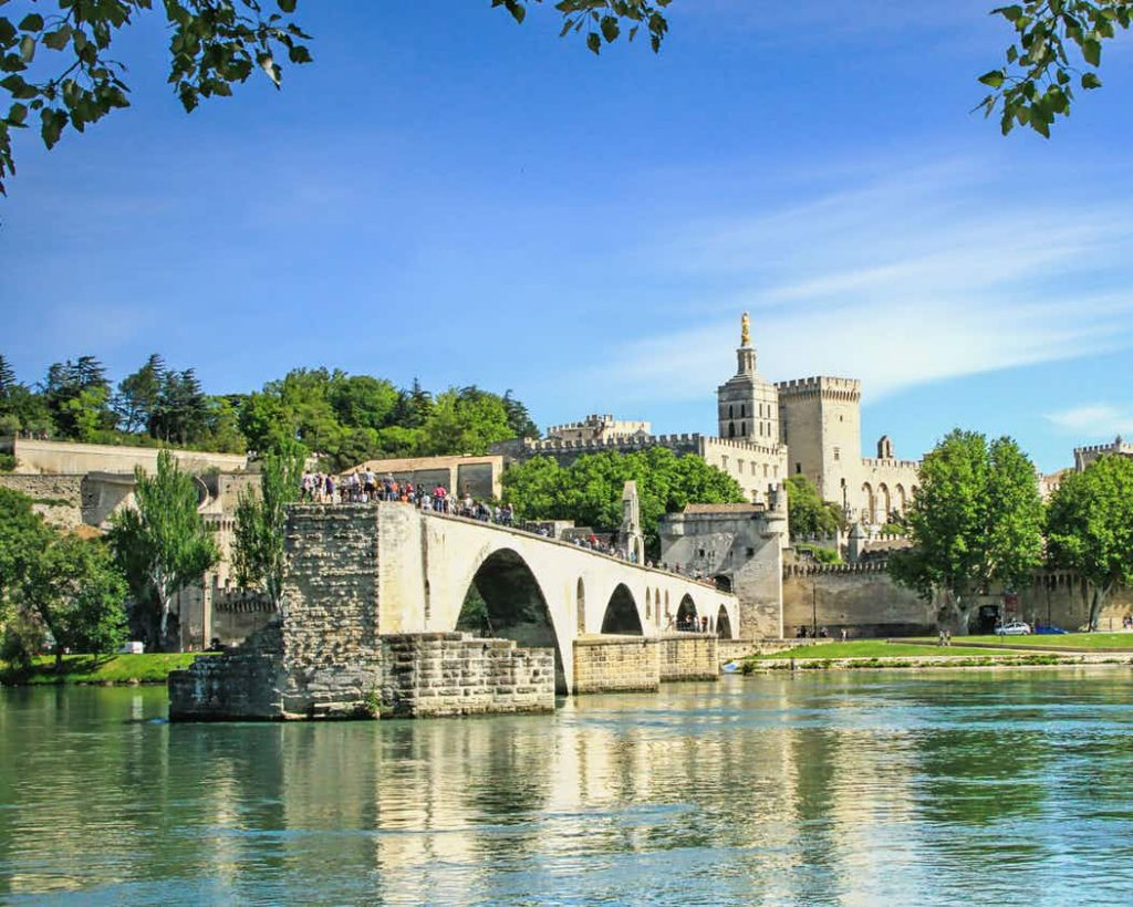 Borne photo selfie a Avignon
