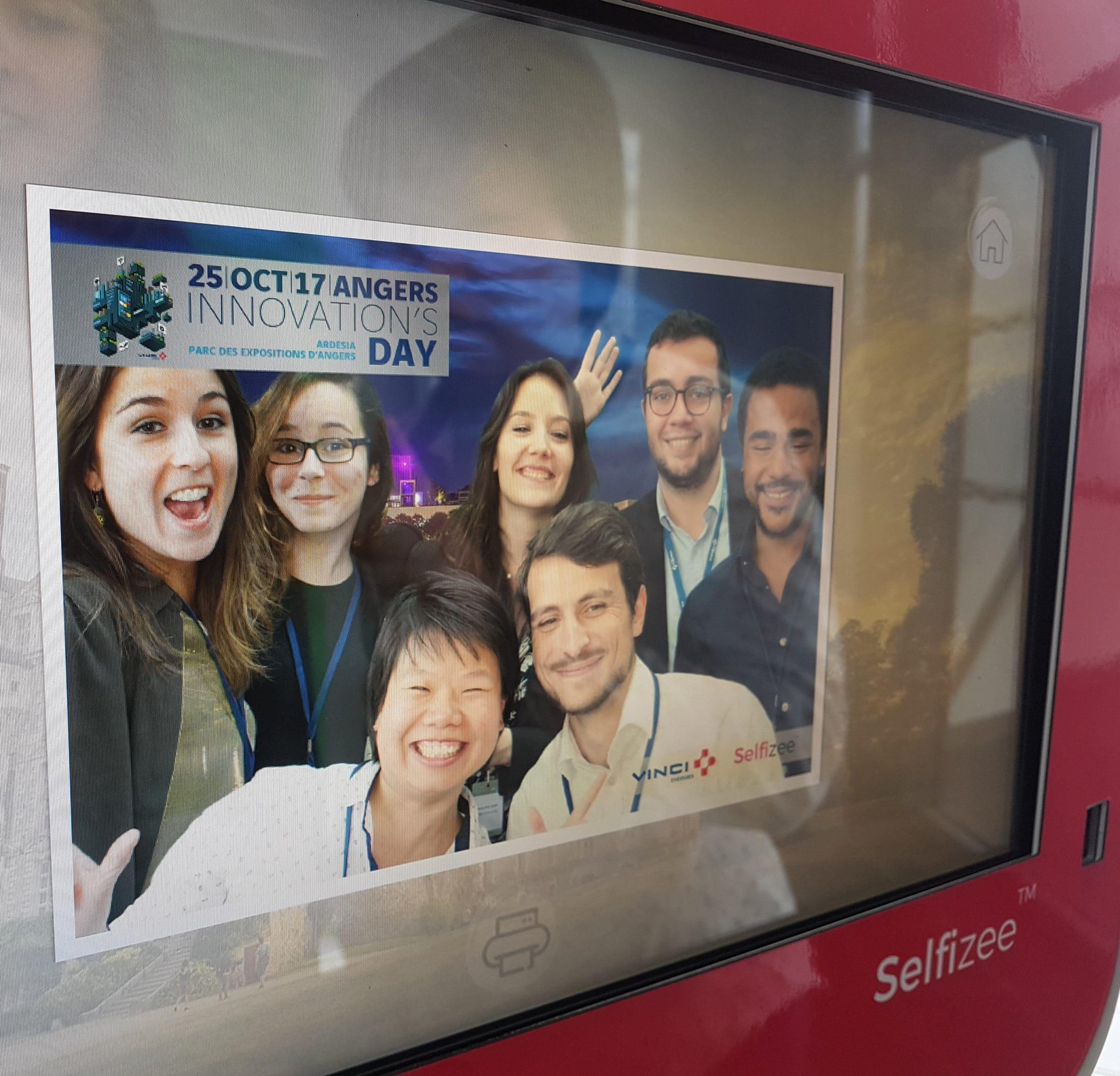 Animation box photo et fond vert avec impression selfie instantanée au salon Innovation's Day à Angers