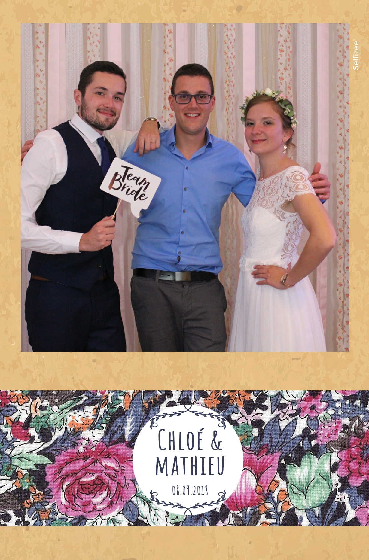 Location borne photo / photobooth pour photos souvenirs personnalisées mariage Brest et dans le Finistère