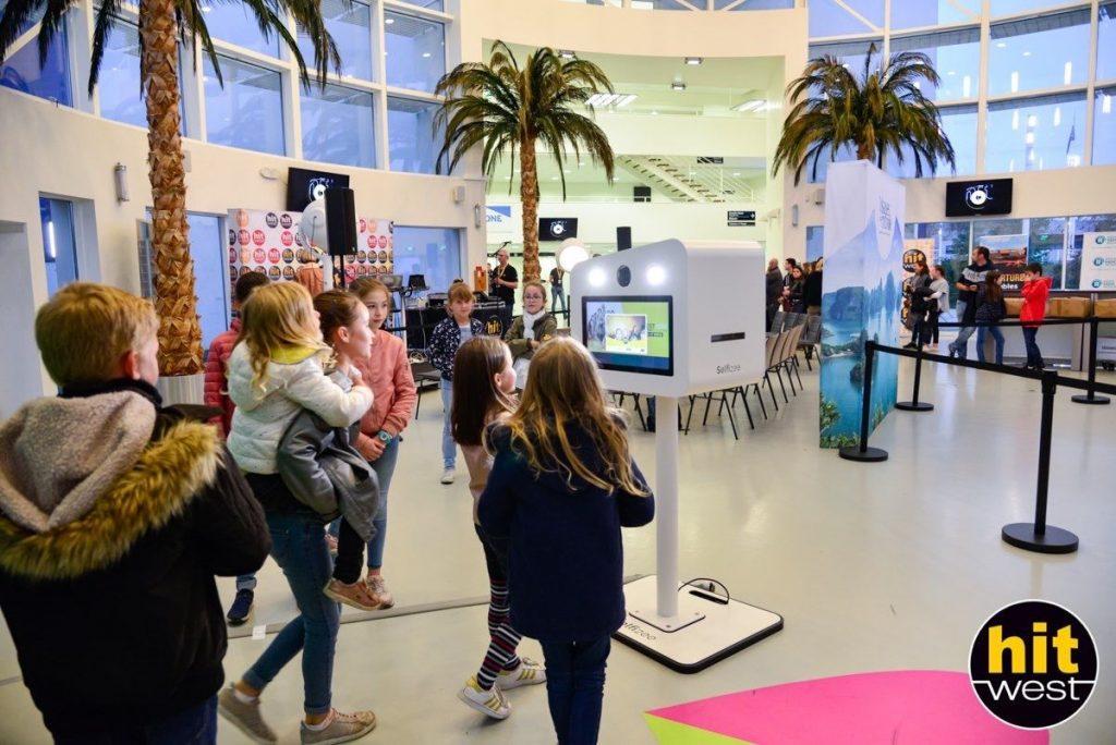 Animation borne photo au concert Hit West 2019 au Palais des Congrès et des Expositions de la Baie de Saint Brieuc