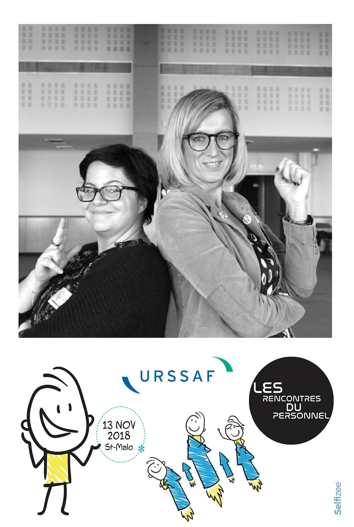 Animation photobooth avec photos personnalisées imprimées lors de l'événement les rencontres du personnel URSSAF à Saint-Malo