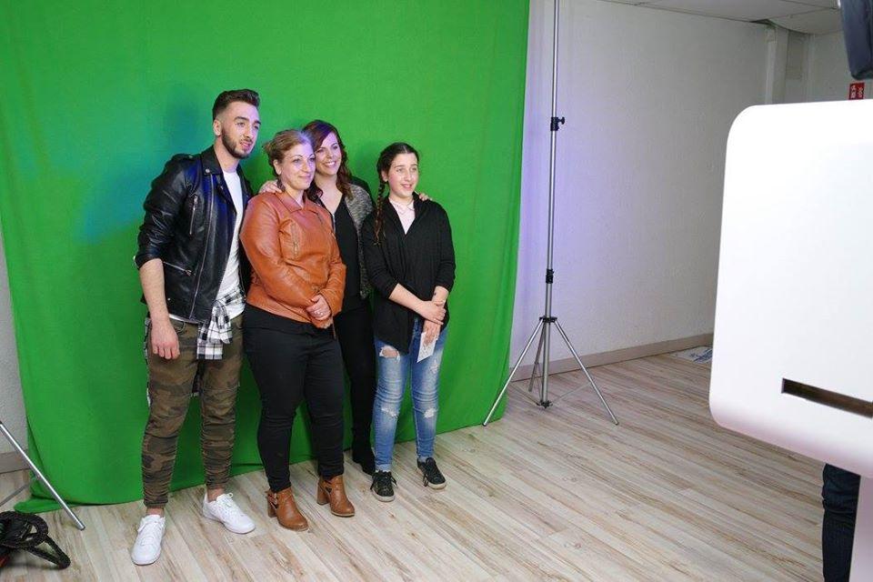 Borne photo et animation fond vert à la soirée étudiante Le Spot 2017 à Nevers pour photos souvenirs personnalisées
