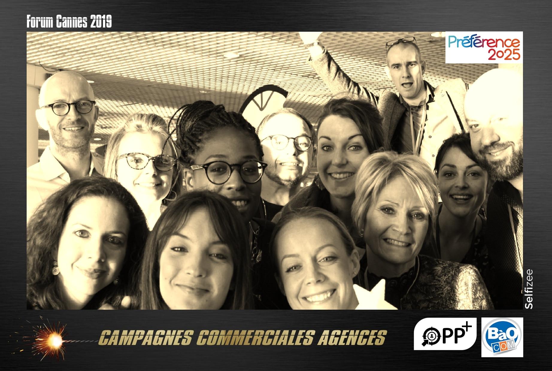 Borne photo connectée et animation selfie personnalisée au forum Palais des festivals de Cannes 2019