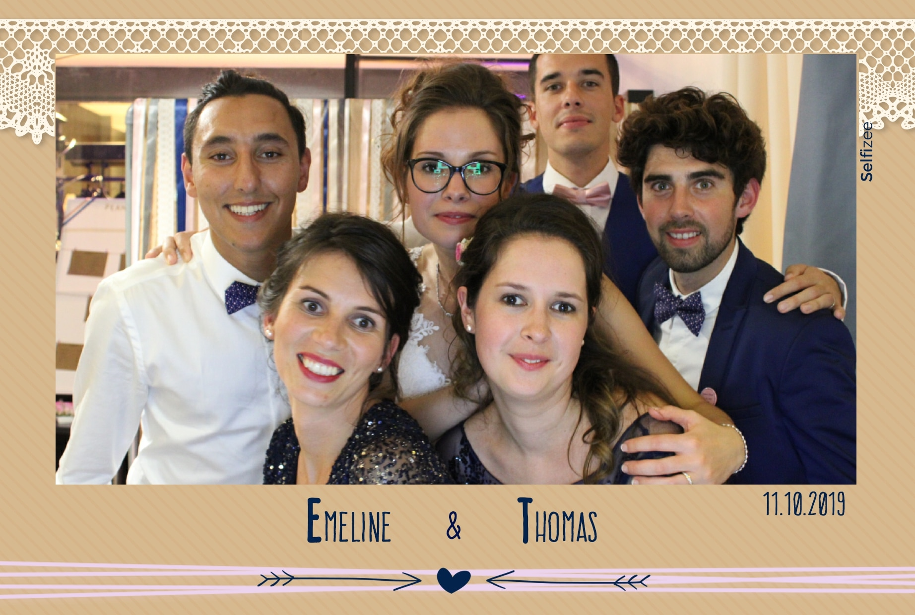 Borne selfie mariage à louer à Saint Brieuc avec animation photobooth personnalisée et tirages photos