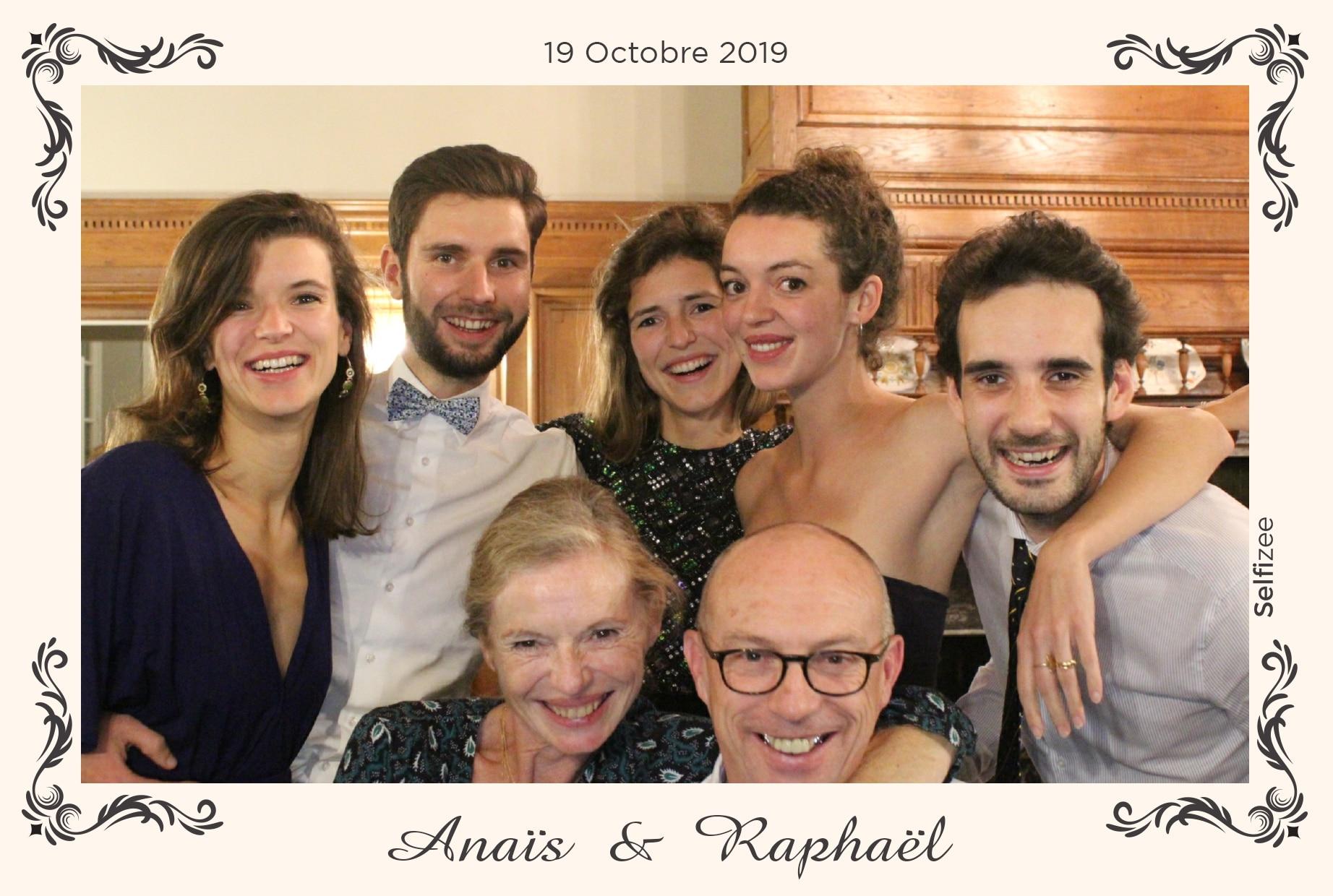 Photo souvenir mariage avec animation borne selfie et impressions photos mariage Rennes / Ille et Vilaine