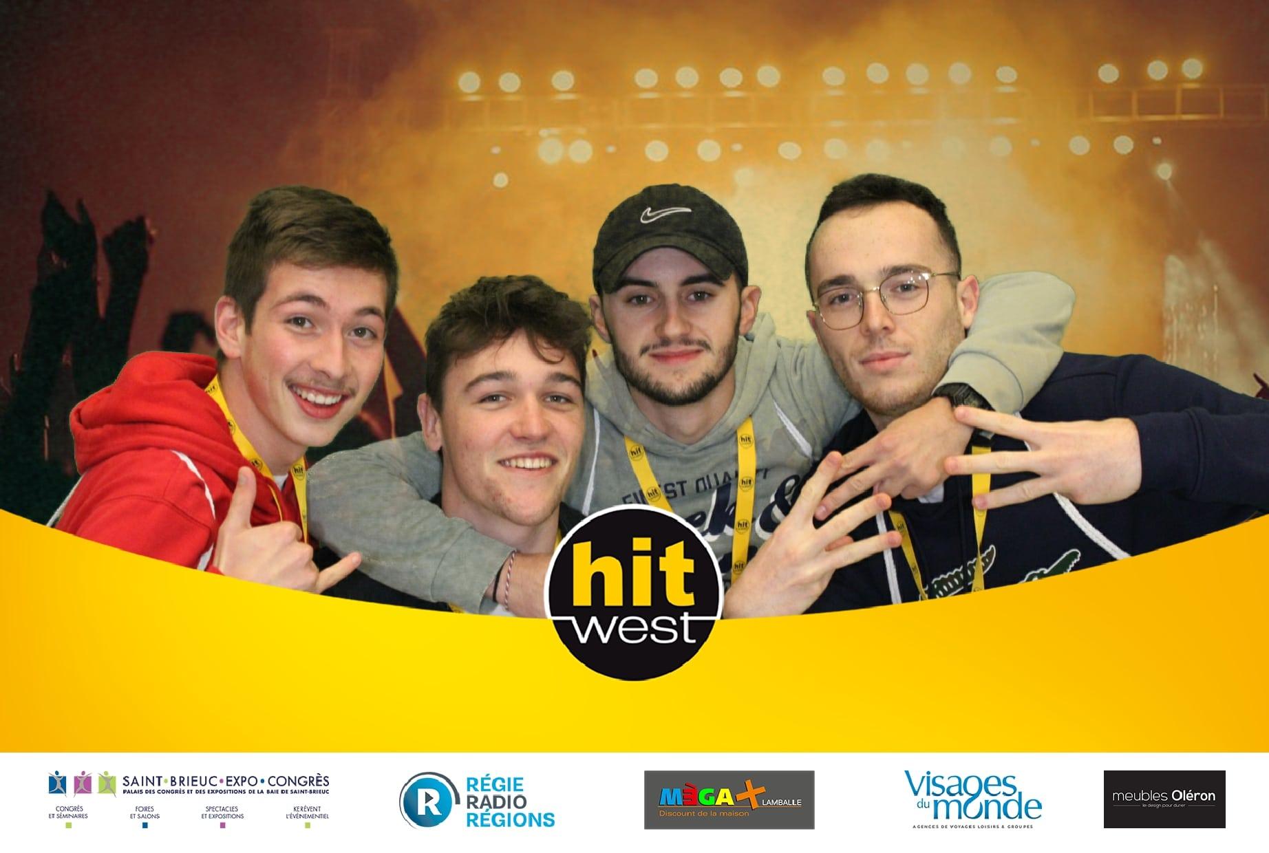 Selfie personnalisé avec animation fond vert et photobooth au concert Hit West 2019 au Palais des Congrès et des Expositions à Saint Brieuc