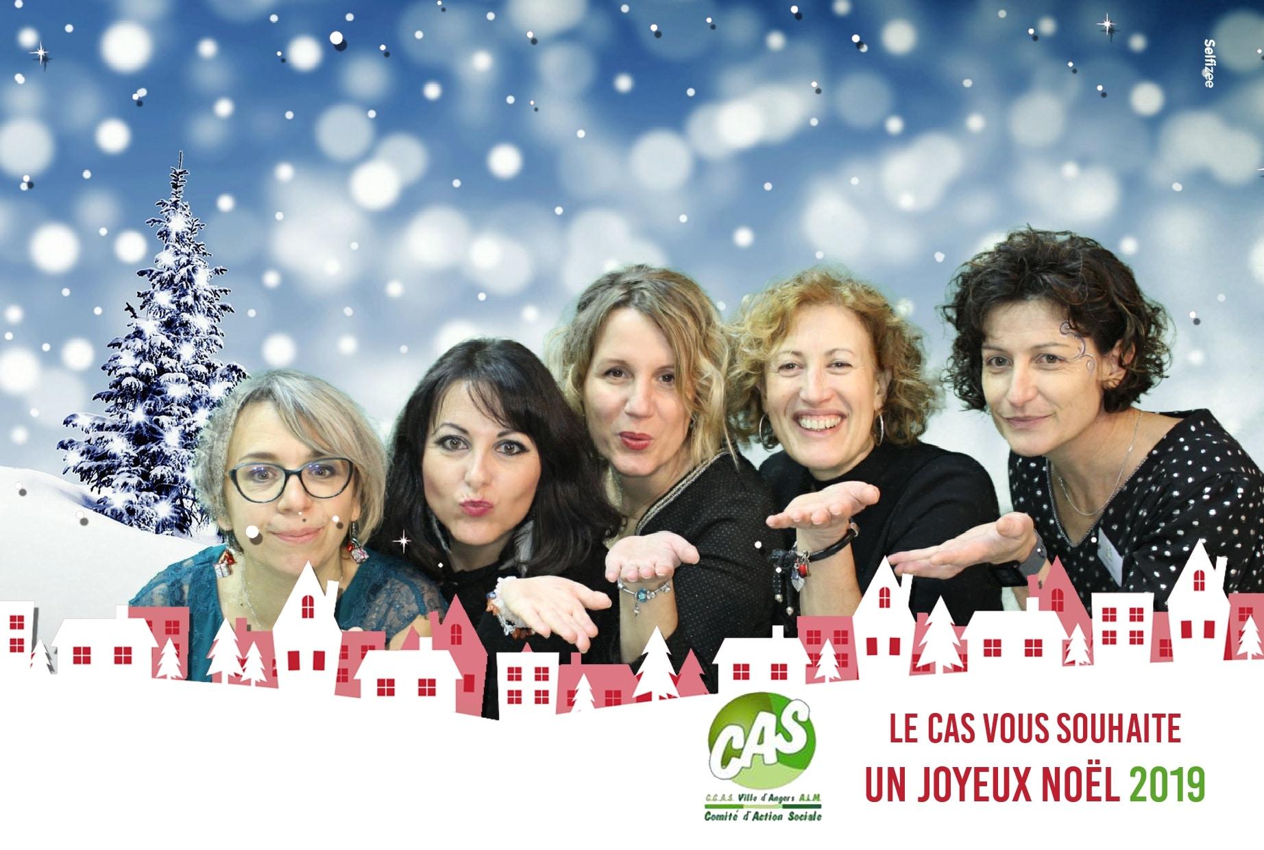 Animation photo Noël borne selfie et fond vert au CAS Angers avec photos personnalisées imprimées