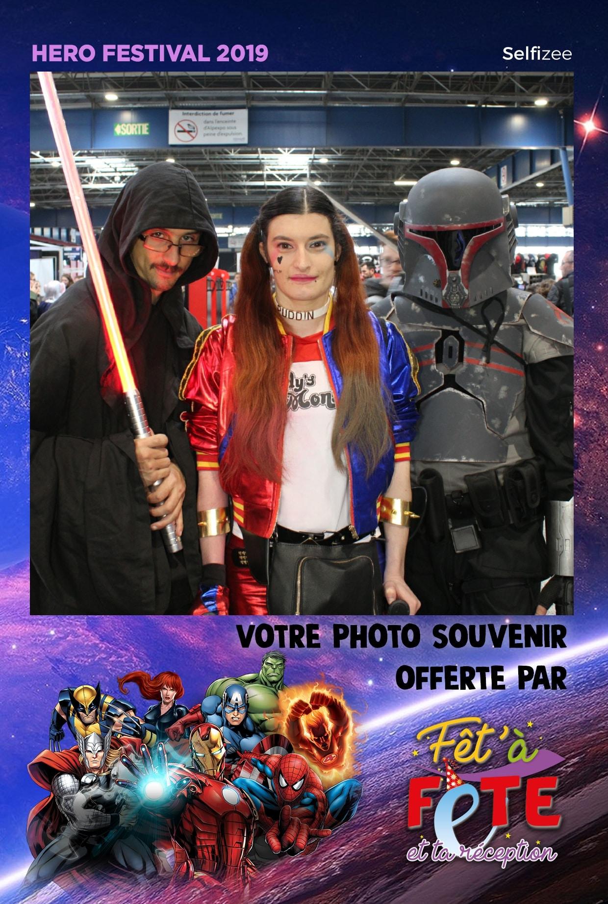 Animation selfie box au salon Herofestival 2019 sur stand Fêt'à Fête Grenoble avec photos personnalisées pour les visiteurs
