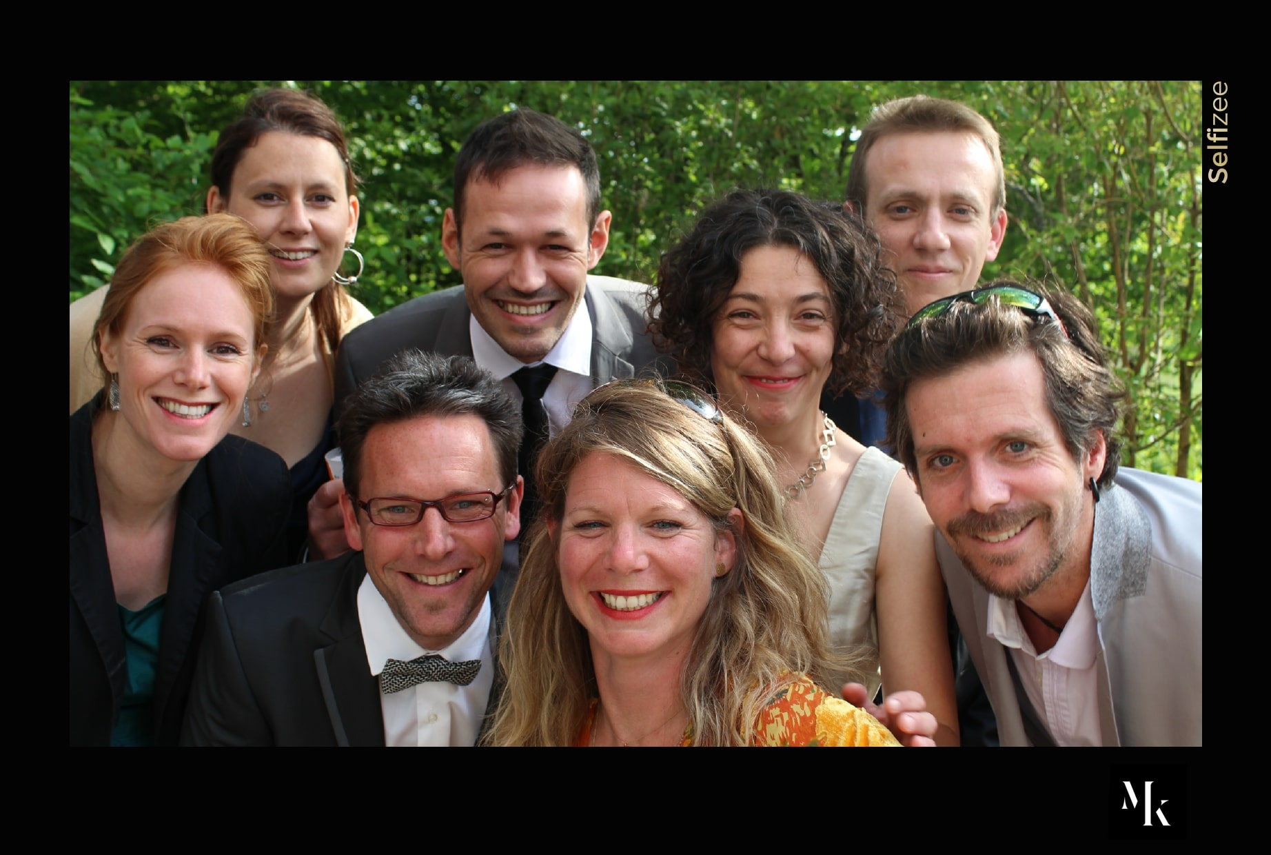 Animation photobooth mariage avec impressions photos - location borne photo à Valence et Drôme pour mariage ou fête