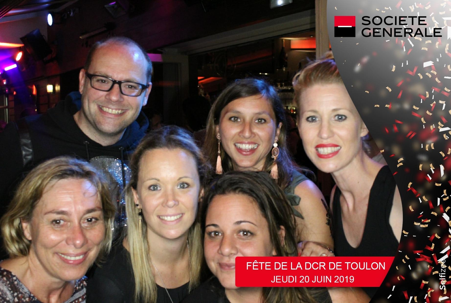 Photo personnalisée et animation borne selfie à fête Direction Commercial Régional Société Générale Toulon dans le Var