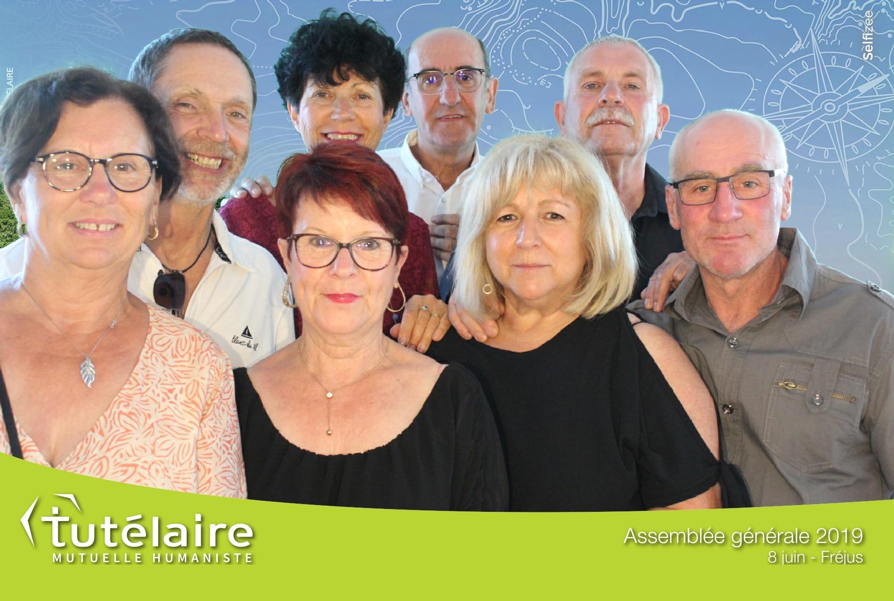 Animation photobooth borne photo avec impressions selfies à l'assemblée générale Tutélaire à Fréjus entre Sainte Maxime et Cannes
