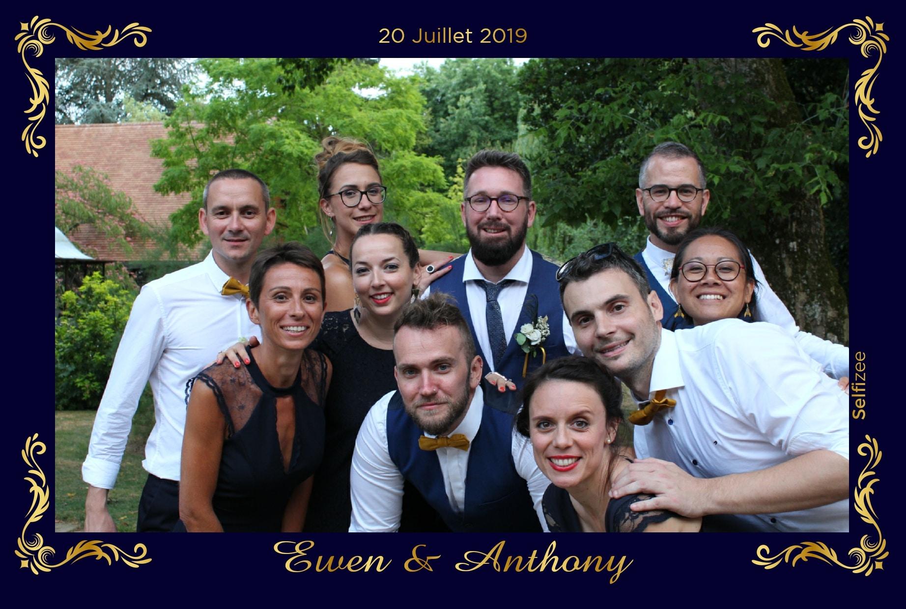 Animation photo mariage Laval - borne selfie à louer Laval / Mayenne mariage, anniversaire, baptême, fête avec impressions photos