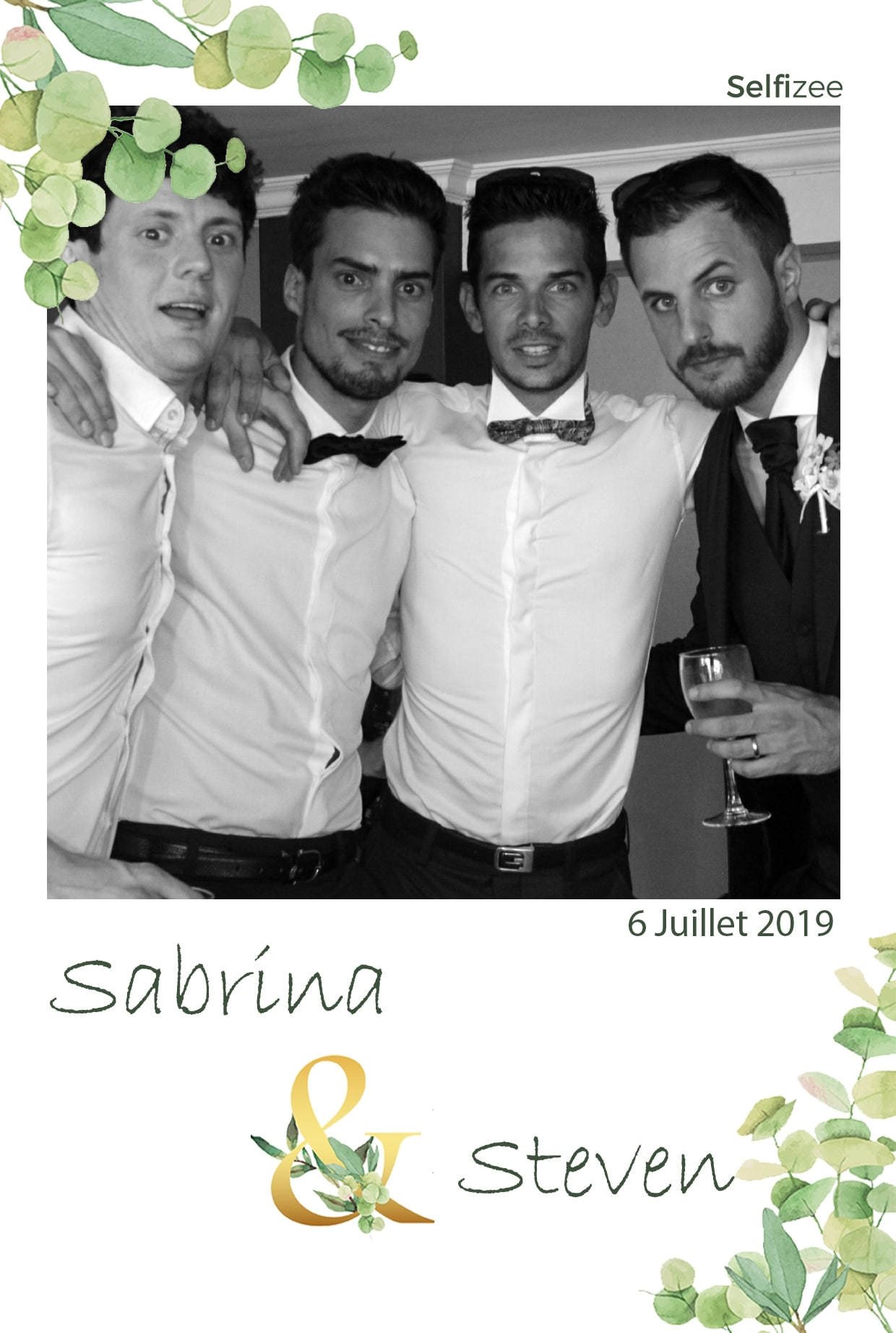 Animation photobooth mariage avec impressions photos - location borne photo mariage à Sainte Maxime et dans le Var