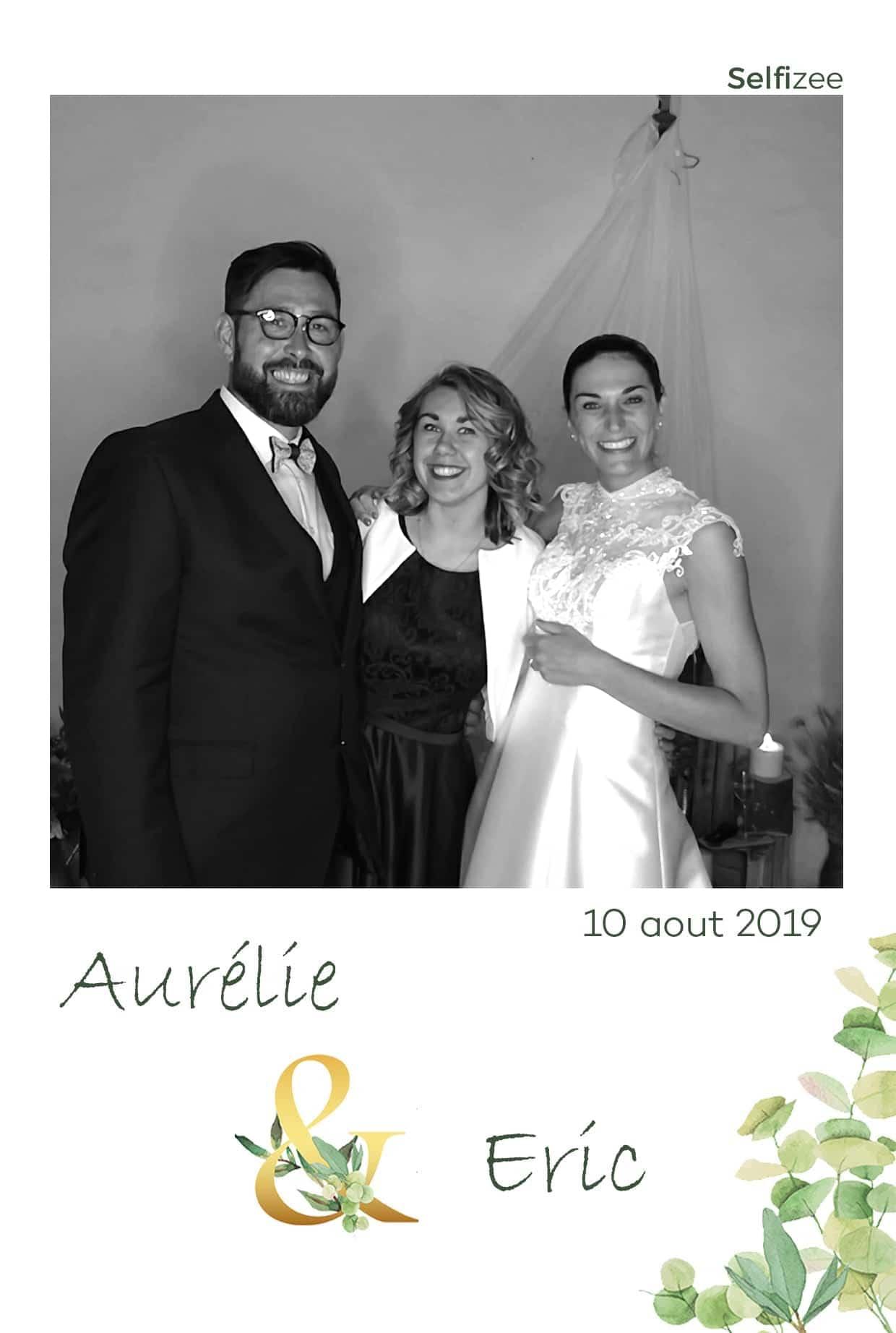 Animation photo mariage Bourges avec photobooth / borne selfie à louer pour mariage, anniversaire ou fête à Bourges et dans le Cher