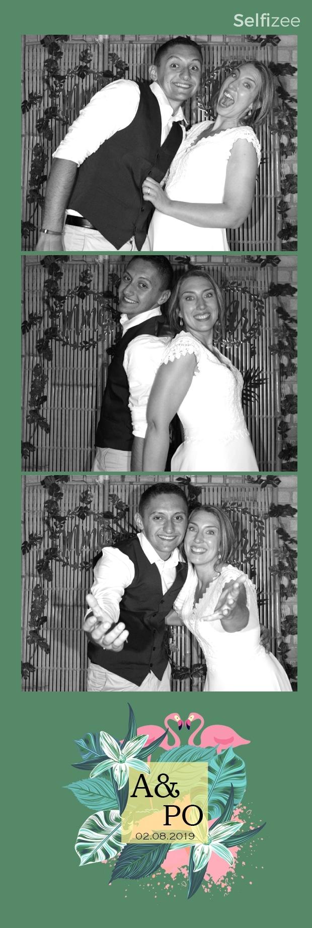 Photo mariage personnalisée avec borne selfie connectée à louer à Orléans et Loiret pour animation mariage et albums photos souvenirs
