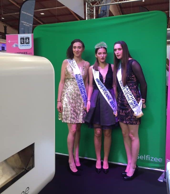 Photobooth connecté et animation fond vert au stand aéroport de Limoges à la foire Limoges 2019 en Haute Vienne