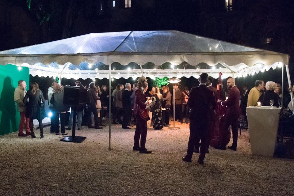 Box photo connectée Classik et animation fond vert à l'inauguration de l'Abeille Nice pour photos des visiteurs, invités et collaborateurs
