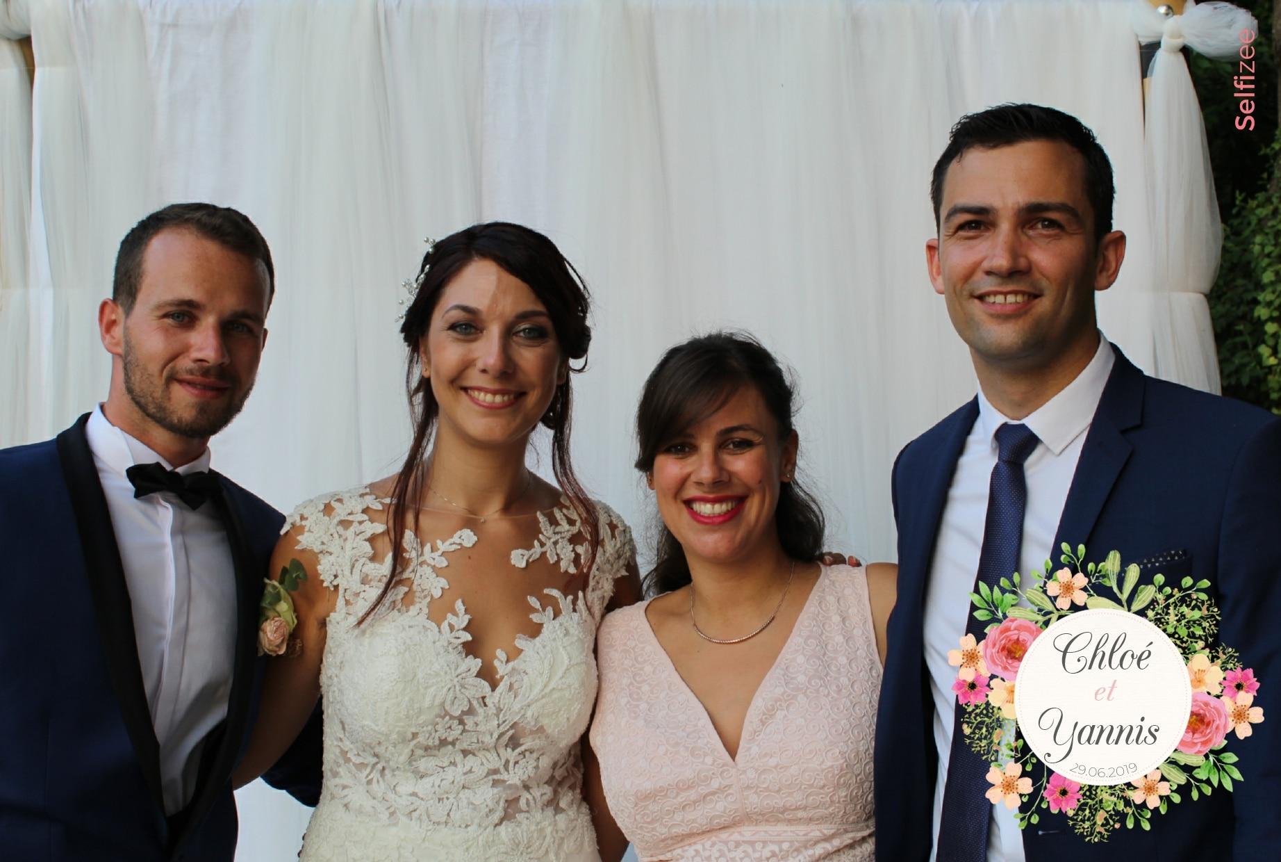 Animation photobooth mariage avec impressions selfies - borne photo à louer pour mariage et fête à Cannes et dans les Alpes Maritimes