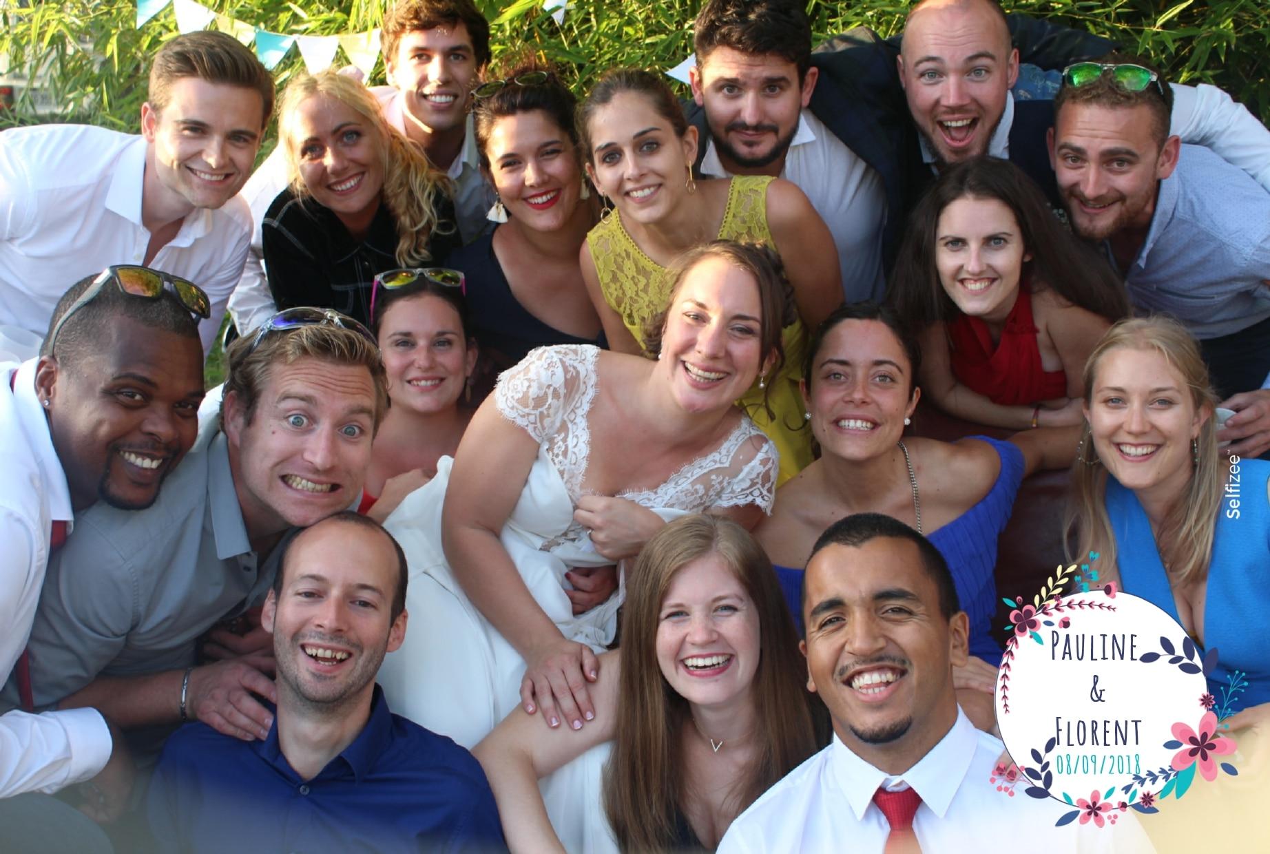 Photo mariage personnalisée et borne selfie avec imprimante à louer à Saint Nazaire pour animation mariage