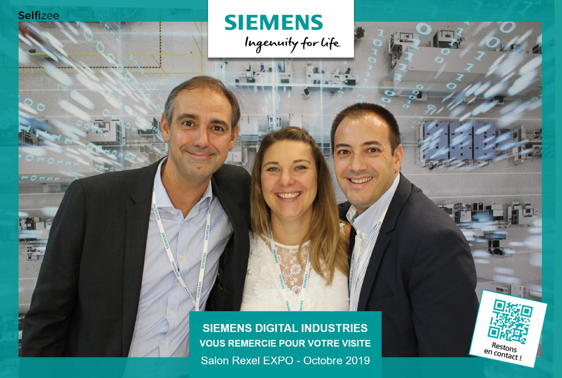 Animation selfie box et fond vert stand Siemens au salon Rexel Expo Paris 2019 - photobooth connecté avec impressions photos pour les visiteurs
