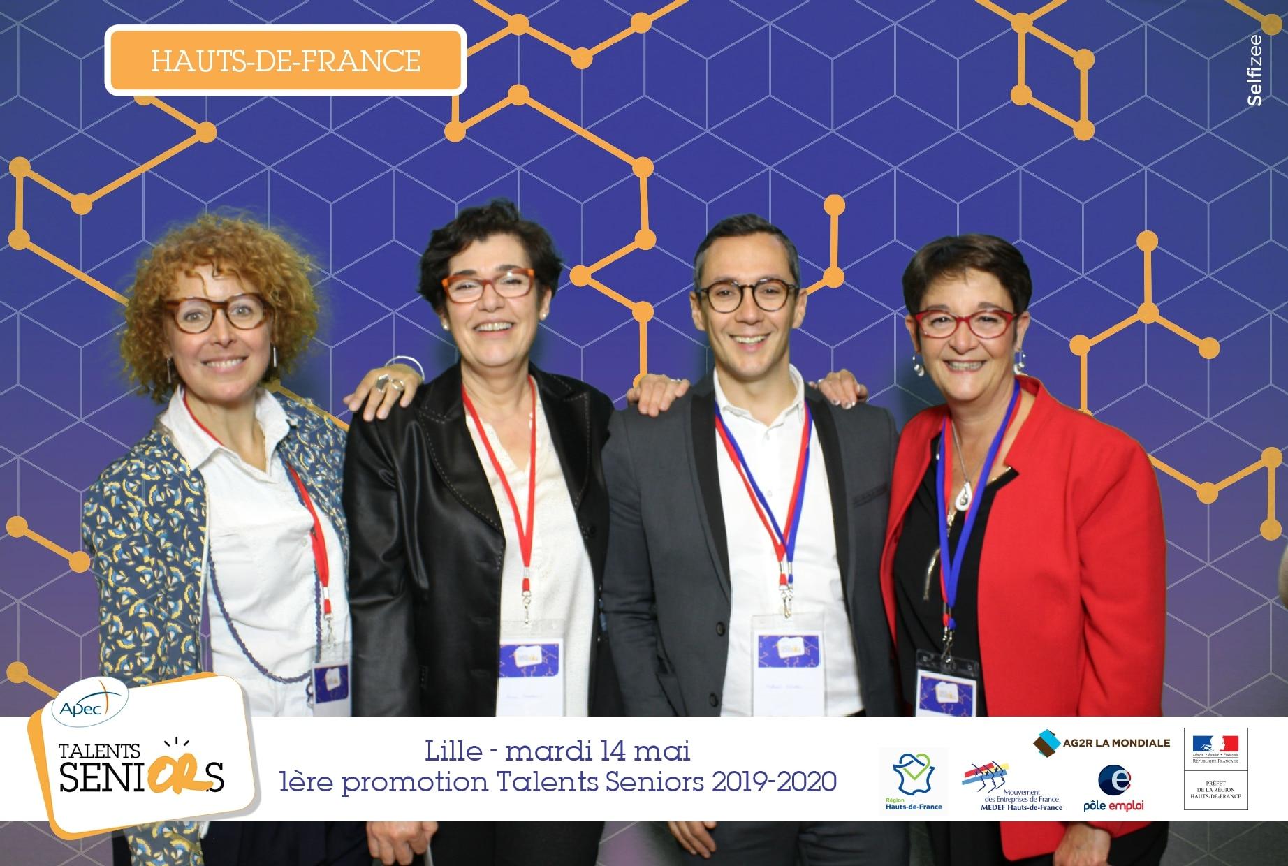Borne photo et animation fond vert à soirée lancement officiel Talents Seniors 1ère promotion APEC à Lille