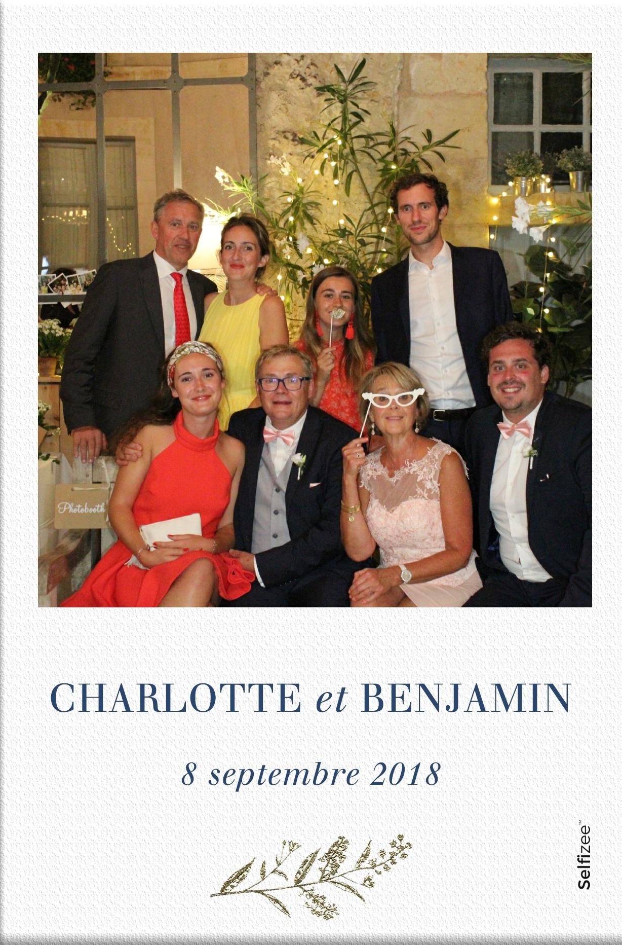 Selfie mariage personnalisé location photobooth connecté Le Mans et en Sarthe pour animation mariage ou fête