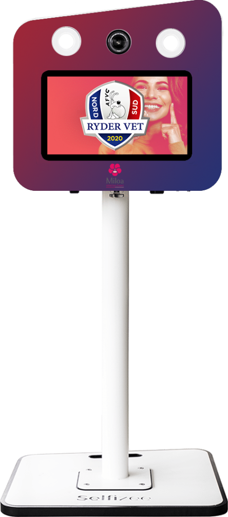 Borne photo selfie CLASSIK personnalisé avec un magnet pour la Ryder Vet à Brignoles (83), PACA