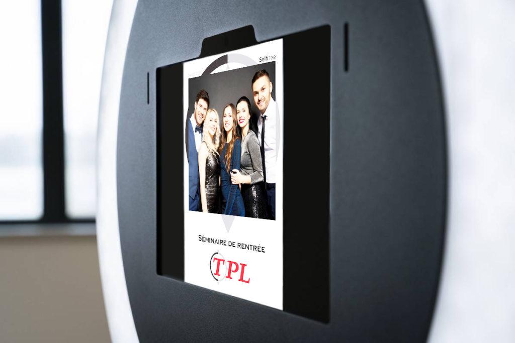 Bone photo selfie Spherik de Selfizee pour événement professionnel de TPL à Narbonne (11) en Occitanie